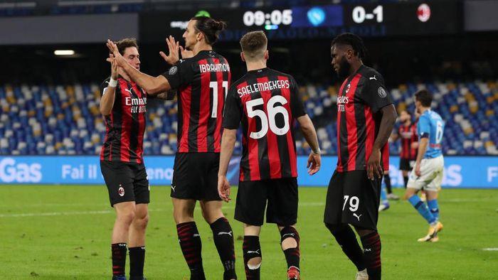 Napoli Vs Milan: Dua Gol Ibrahimovic Bawa Rossoneri Menang 3-1