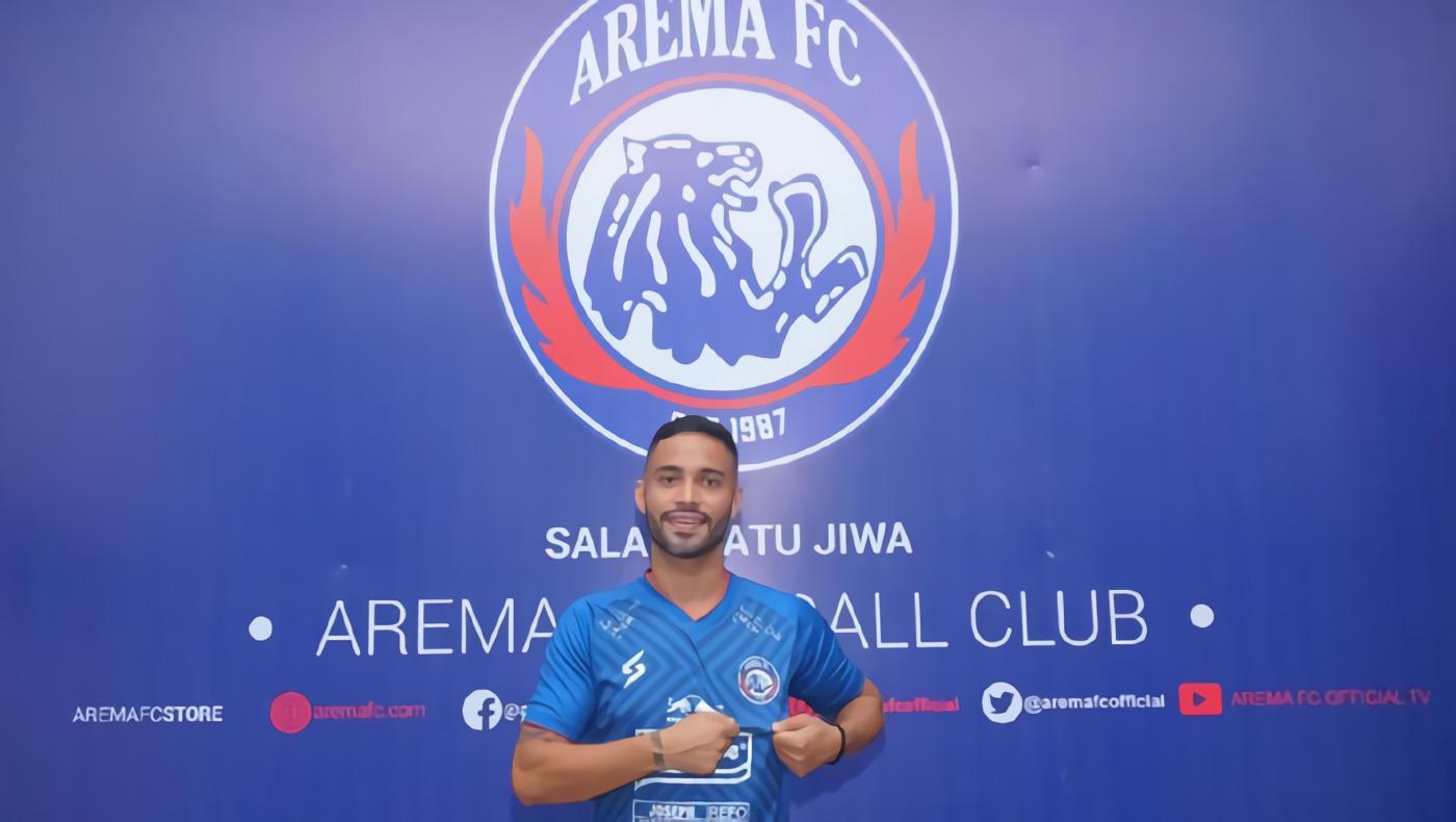 Arema FC Resmi Kontrak Bruno Smith