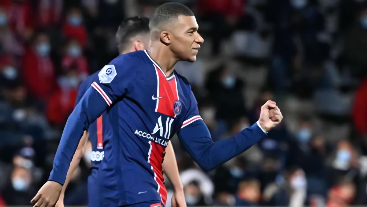 Mbappe Dua Gol, PSG Menang Telak Atas Nimes