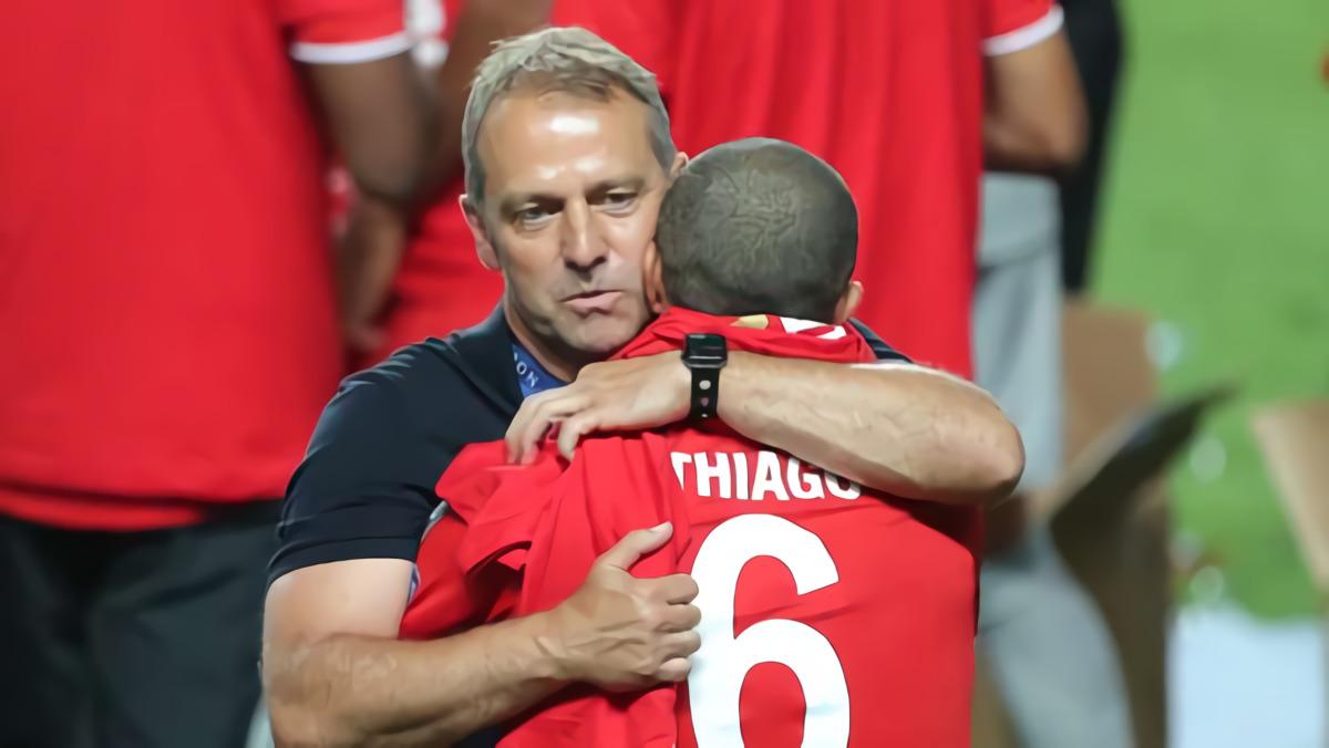 Sampaikan Ucapan Perpisahan, Pelatih Bayern Munich Hansi Flick: Thiago Alcantara Pemain Luar Biasa