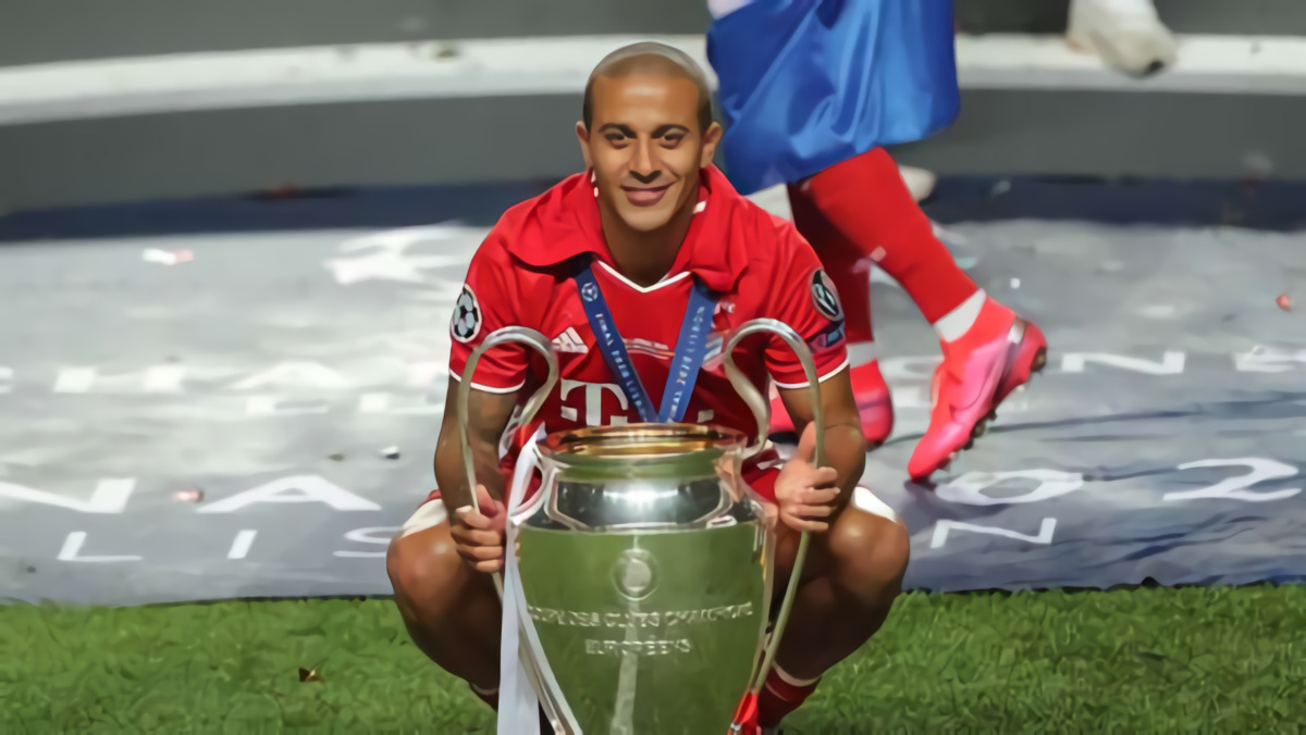 Sepakati Harga £20 Juta, Liverpool Segera Datangkan Thiago Alcantara Dari Bayern Munich