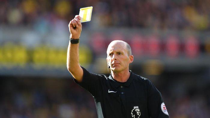 Derby Manchester Diwasiti Mike Dean, Patutkah MU Cemas?