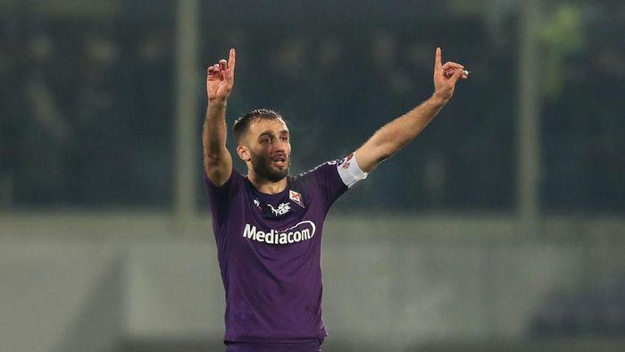 Bek Fiorentina Membaik dari Serangan Virus Corona