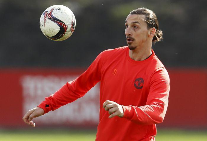 'Ibrahimovic Itu Pemenang, Lagi Latihan Saja Tak Mau Kalah'