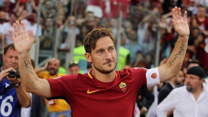 Kesetiaan Totti kepada Roma Sempat Diuji Tawaran Madrid