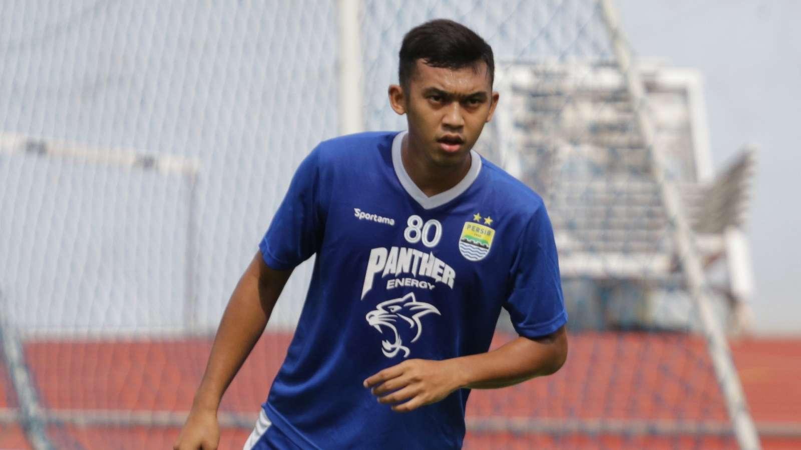 Kondisi Abdul Aziz Terjaga Lewat Program Latihan Persib Bandung