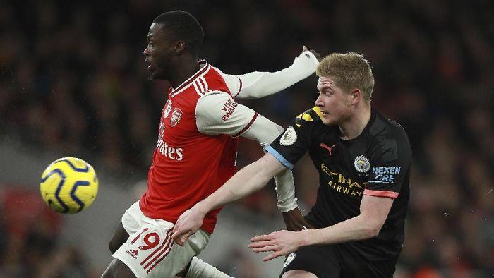 Arsenal Tak Boleh Kasih Napas buat Man City