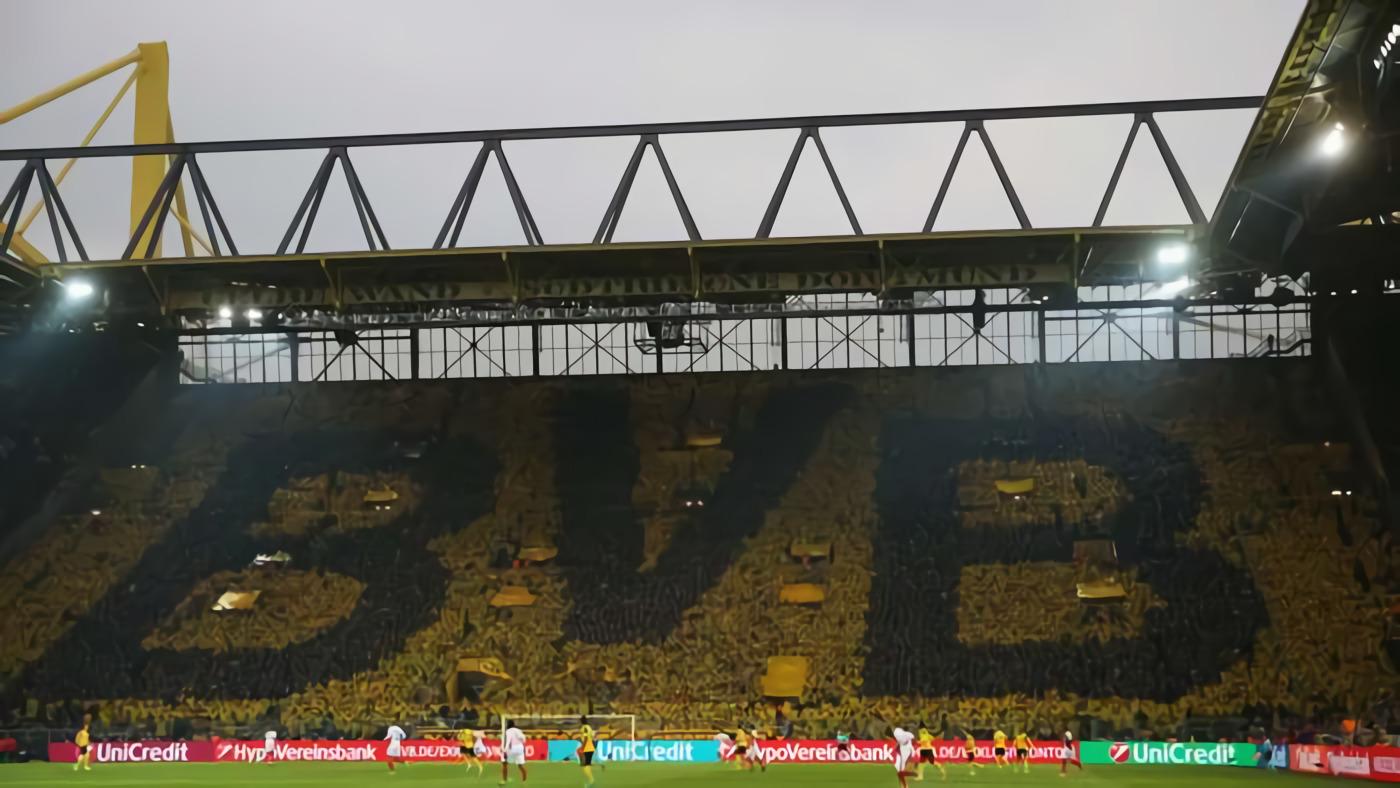 Borussia Dortmund Buka Musim Baru Bundesliga, Suporter Boleh Datang Ke Stadion