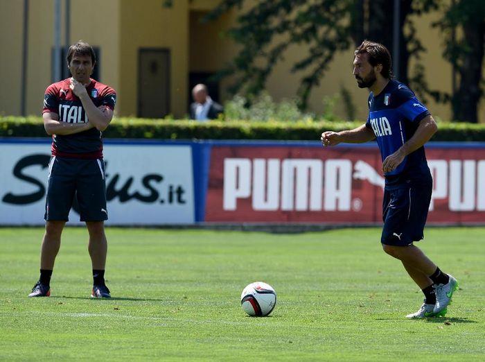 Gara-gara Antonio Conte, Andrea Pirlo Mau Jadi Pelatih
