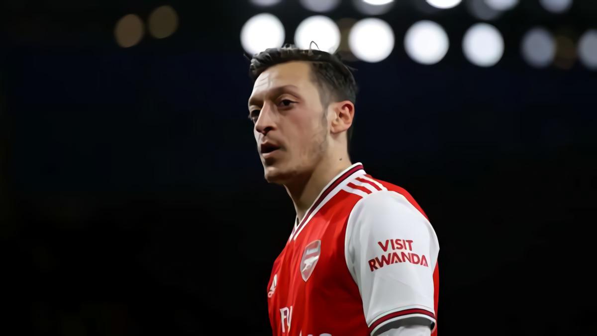 Edu Gaspar: Arsenal Terbuka Ke Mesut Ozil Terkait Liga Europa