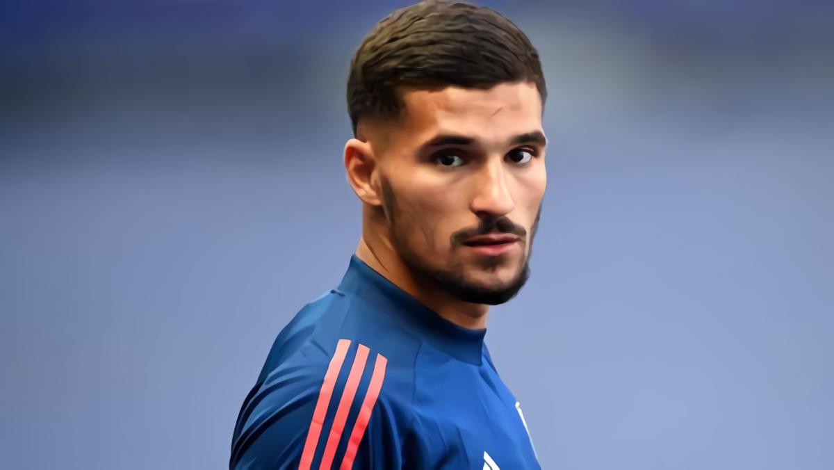 Houssem Aouar Tidak Kecewa Gagal Pindah Ke Arsenal