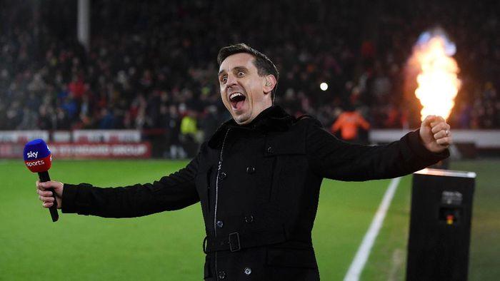 Gary Neville Akhirnya Muncul dan Kasih Selamat ke Liverpool