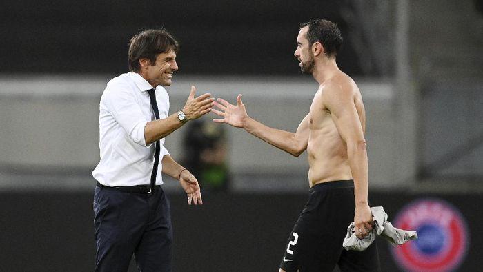 Godin: Inter Harus Mainkan Final Liga Europa dengan Hati
