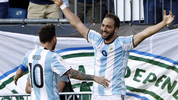 Higuain ke Messi: Liga Inggris Itu Keras Banget!
