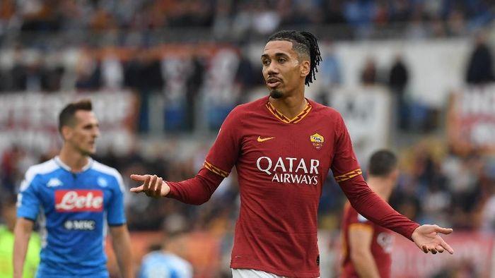 Roma Batal Permanenkan Smalling, Arsenal Siap Menikung