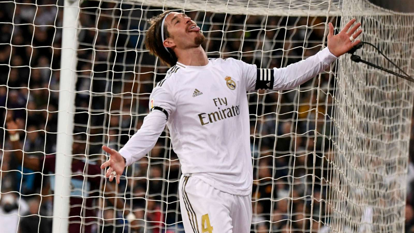 "Sergio Ramos & Ajax ""Perang Tweet"" Soal Ketersingkiran Real Madrid D …"